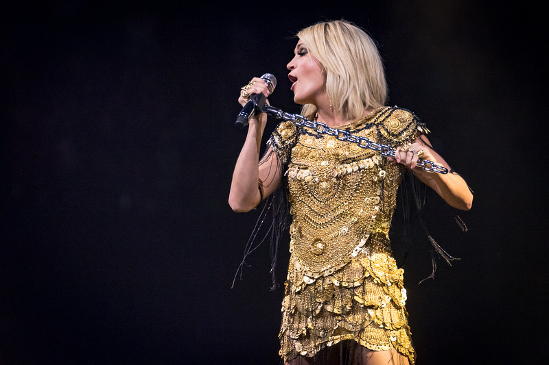Carrie Underwood Storyteller tour at the Allstate Arena on May 17, 2016