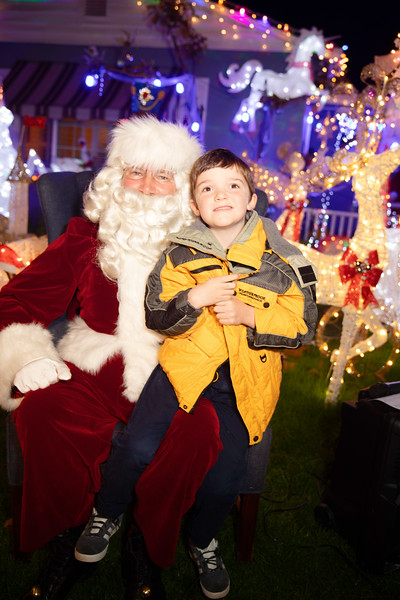 12-08-19-Christmas With Chris & Family-52.jpg