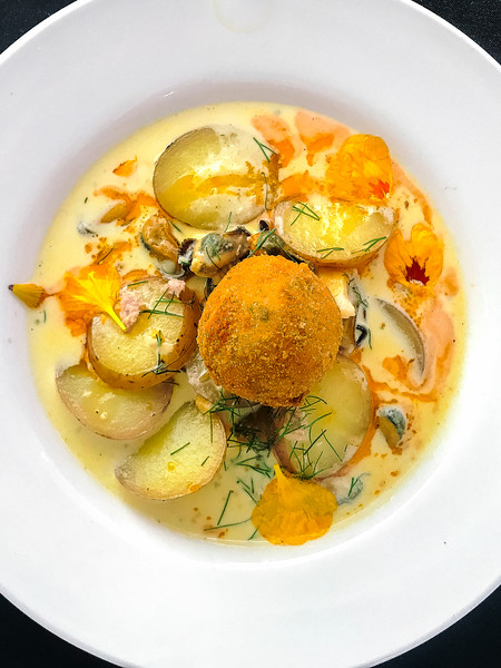pei seafood chowder.jpg
