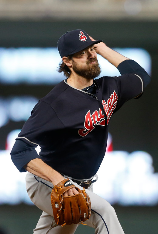 . Cleveland Indians relief pitcher Andrew Miller throws against the Minnesota Twins in a baseball game Monday, April 17, 2017, in Minneapolis. (AP Photo/Jim Mone)