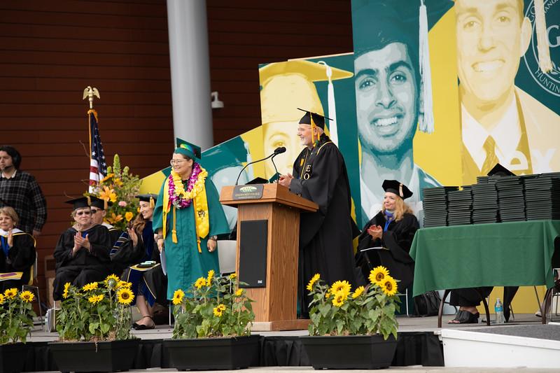Graduation-2018-2012.jpg