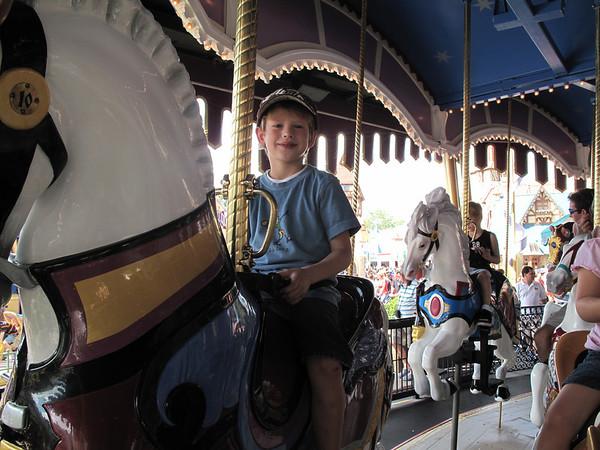 2009-10 Ted's Birthday @ Disney