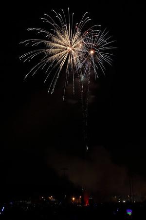 Waltham Fireorks 07-04-2011