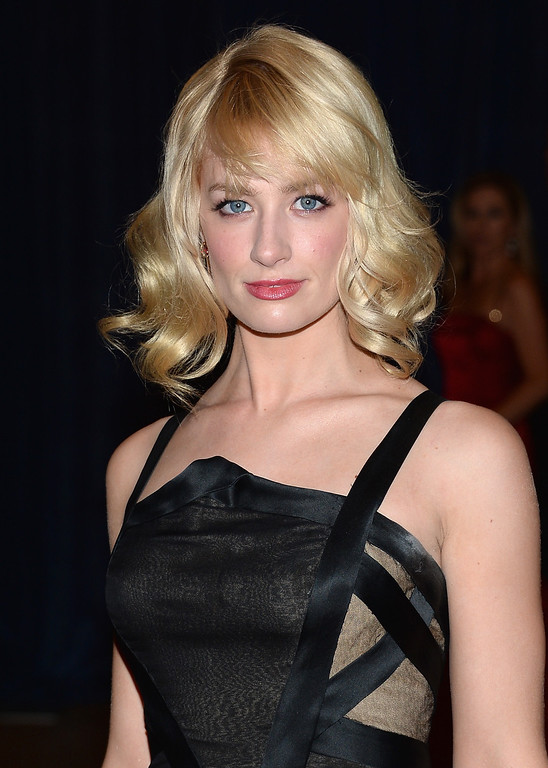 . WASHINGTON, DC - APRIL 27:  Actress Beth Behrs attends the White House Correspondents\' Association Dinner at the Washington Hilton on April 27, 2013 in Washington, DC.  (Photo by Dimitrios Kambouris/Getty Images)