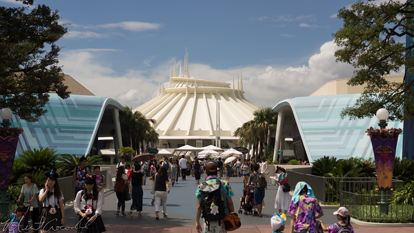 Disneyland Resort, Tokyo Disneyland, Tomorrowland, Hub, Space Mountain