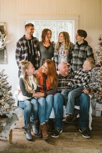 Hauge Christmas Mini Session 2018-5.jpg