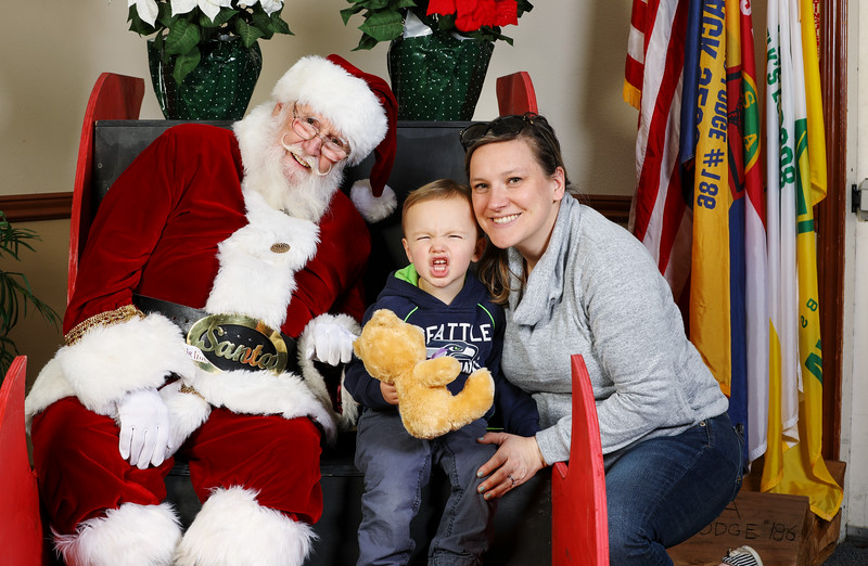 TBTP 2019 Photos with Santa-40.JPG