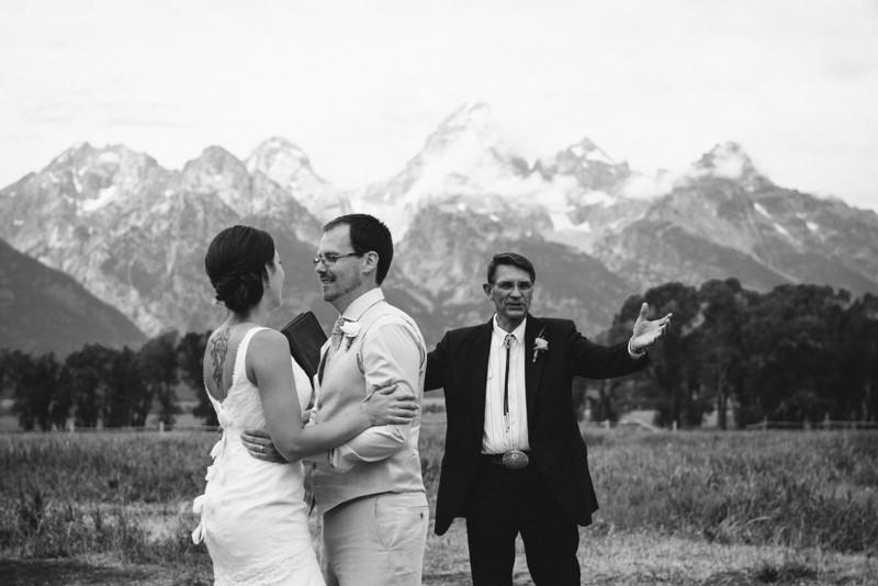 wedding-bw-071.jpg