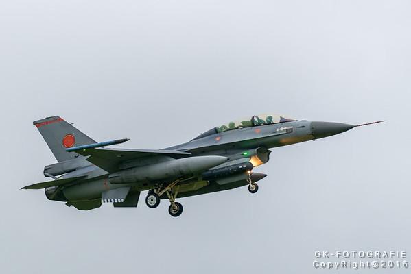 EHLW 2016-05-23 F-35 Arrives @ Airbase Leeuwarden