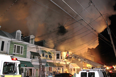 MAHANOY CITY ROWHOME FIRE 11-29-2010 PICTURES BY TAMAQUA AREA