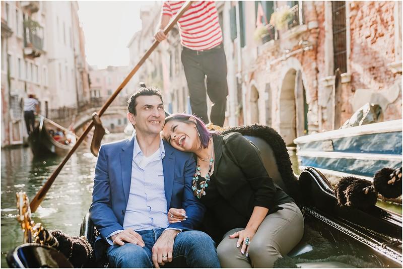Fotografo Venezia - Elopement in Venice - Honeymoon in Venice - photographer in Venice - Venice honeymoon photographer - Venice photographer - Elopement Venice photographer - 23.jpg
