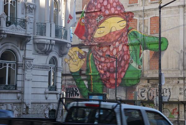 Read Walls. Lisboa