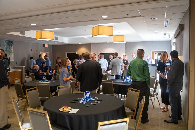 Professional MBA Alumni Dinner-45.jpg