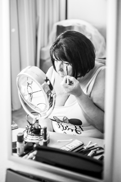 Elaine getting ready-7.jpg