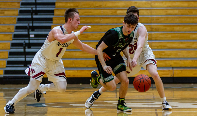 Holy Family's Sam McNulty '20 (2) vs. New Prague - Collin Nawrocki/The Phoenix