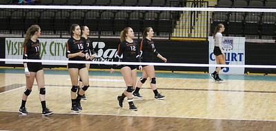 2017 Montana Tech Volleyball vs Embry Riddle - NAIA National Tournament 2017