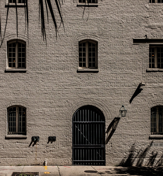 NOLA Warehouse across from Canal PlaceDSCF7432-74321.jpg