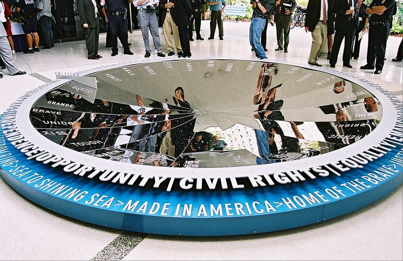Memorial Theme Building Art Memorial 03-1 (1).jpg