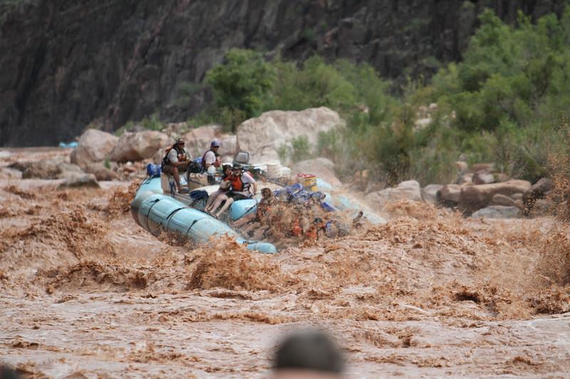 Raft in rapids5.JPG