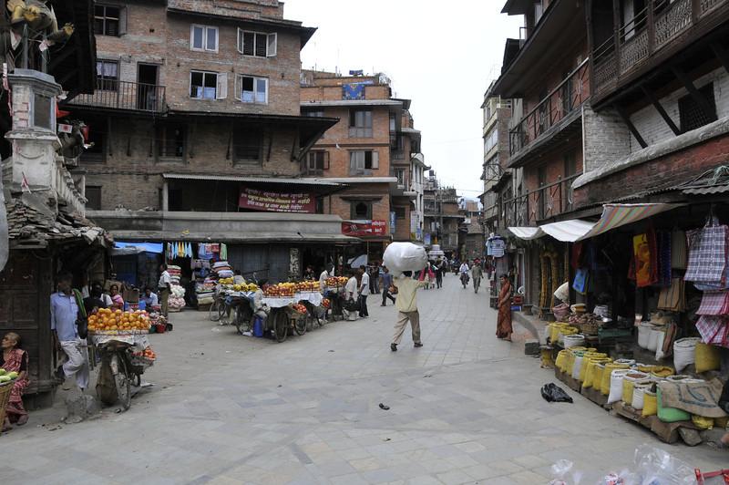 080523 3177 Nepal - Kathmandu - Temples and Local People _E _I ~R ~L.JPG