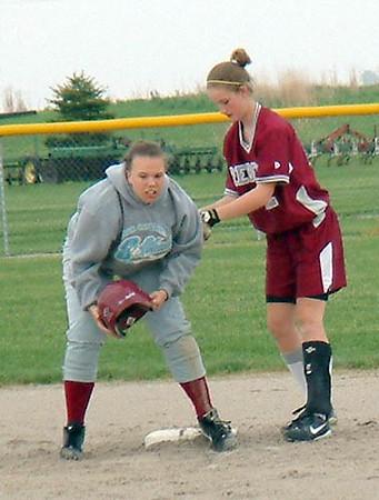 SN Softball vs HC 2003