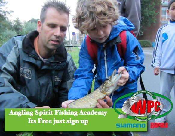 Fishing-Acadamyt-2014-05-30-at-20.38.09.png