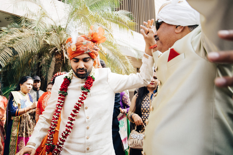 Poojan + Aneri - Wedding Day EOSR Card 1-1147.jpg