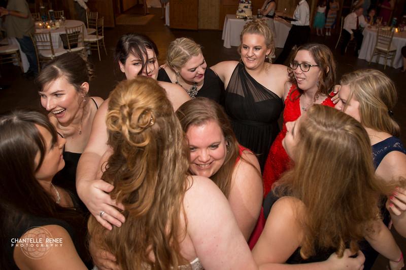 CRPhoto-White-Wedding-Social-591.jpg