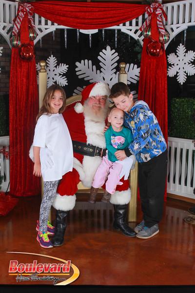 Santa 12-17-16-497.jpg