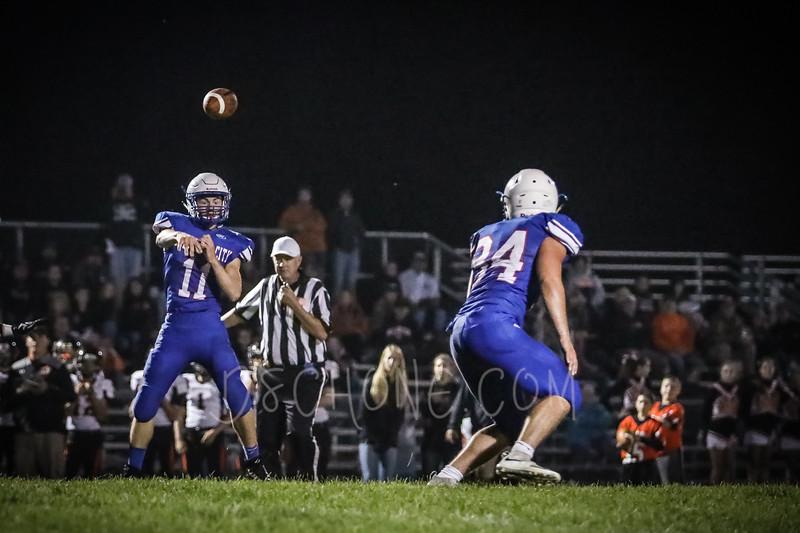 GC Football vs Elk Mound-1142.JPG