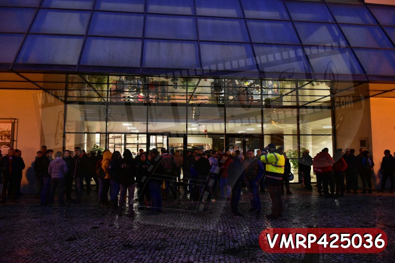 VMRP425036.jpg