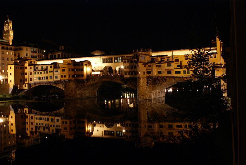 Merchant Bridge at night, Florence