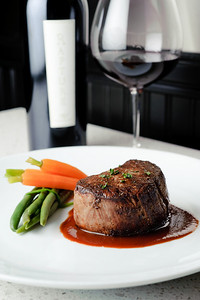 MedallionSteakhouse_d3-5572
