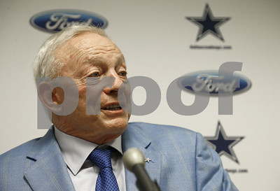 jerry-jones-cowboys-will-not-play-if-they-disrespect-flag