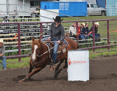 Juniors Barrel Racing