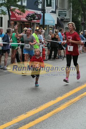 Family Mile Gallery 2 - 2014 The Drenth Memorial Foot Race/Ryan Shay Mile