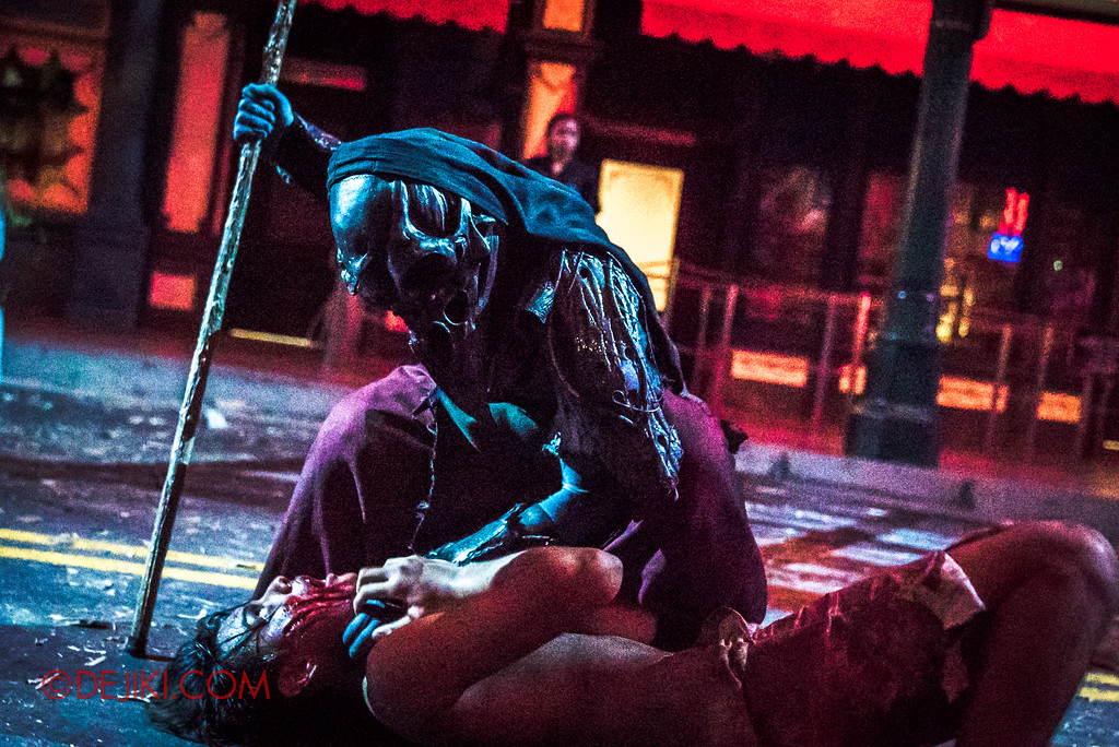 Halloween Horror Nights 7 Review - Pilgrimage of Sin scare zone / Domination