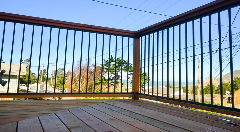 montara-deck-006.jpg