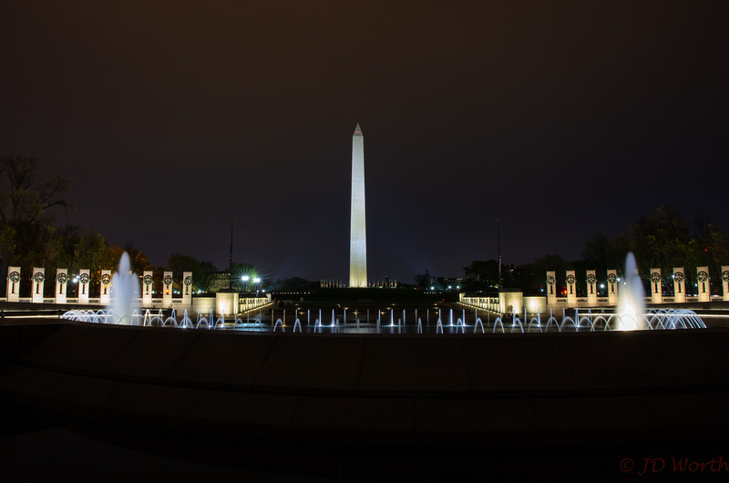 042118 Washington DC - WWII Memorial - Washington Monument Night-2236.jpg
