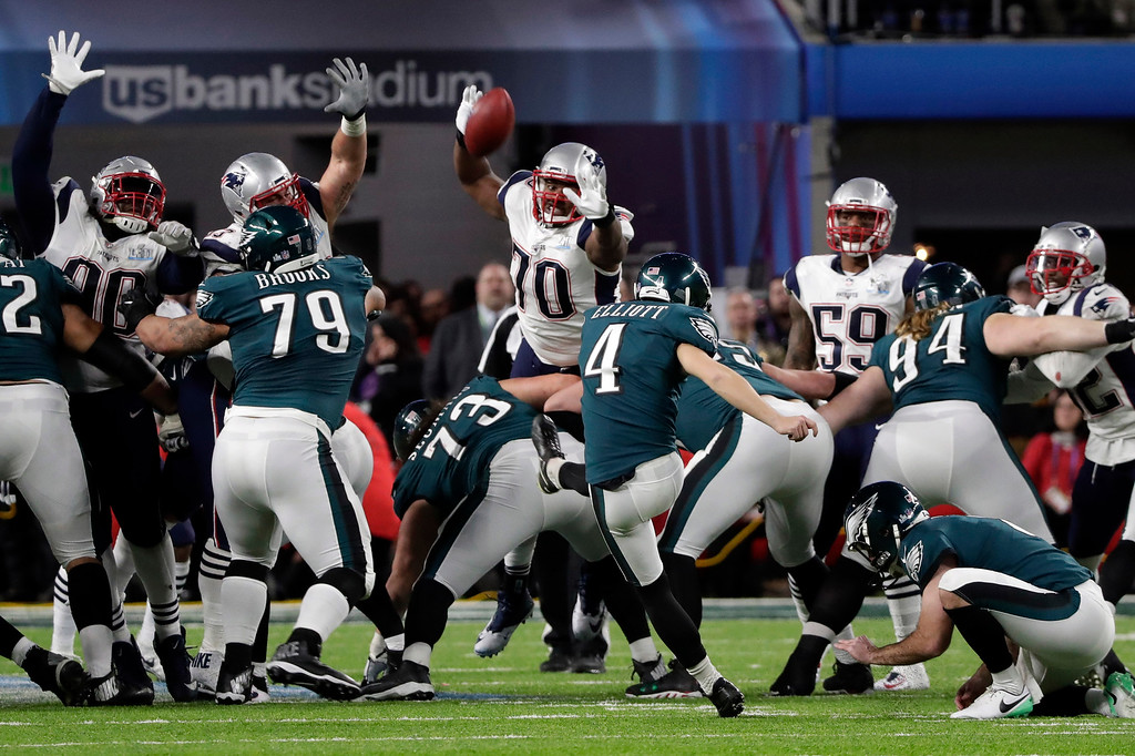 . Philadelphia Eagles kicker Jake Elliott (4) kicks a field goal, during the second half of the NFL Super Bowl 52 football game, against the New England Patriots, Sunday, Feb. 4, 2018, in Minneapolis. (AP Photo/Tony Gutierrez)
