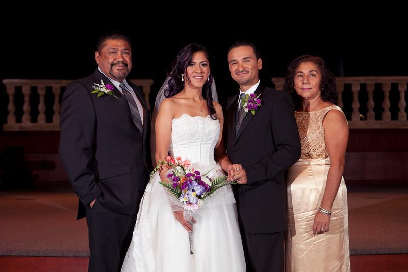 2011-11-11-Servante-Wedding-177.JPG