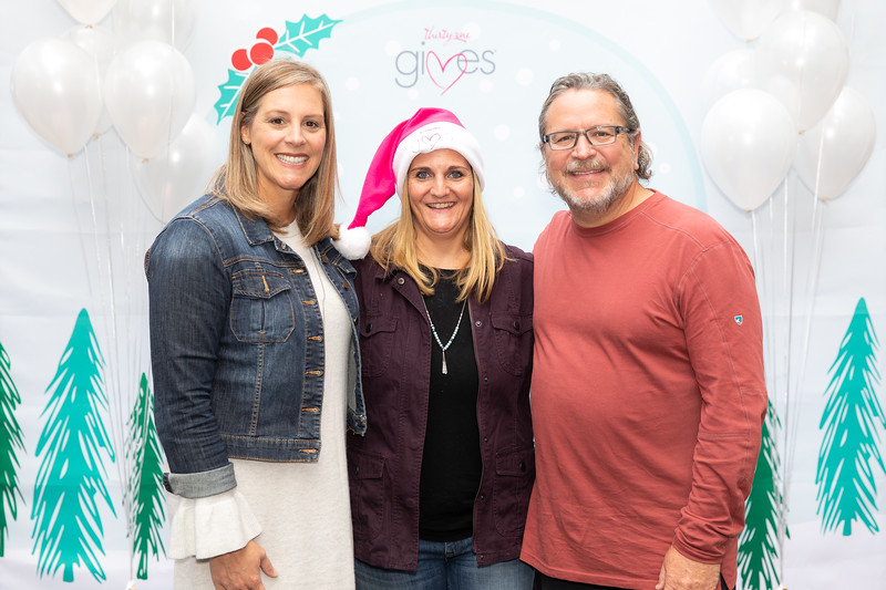 November 2018_Gives_Holiday Open House-5235.jpg