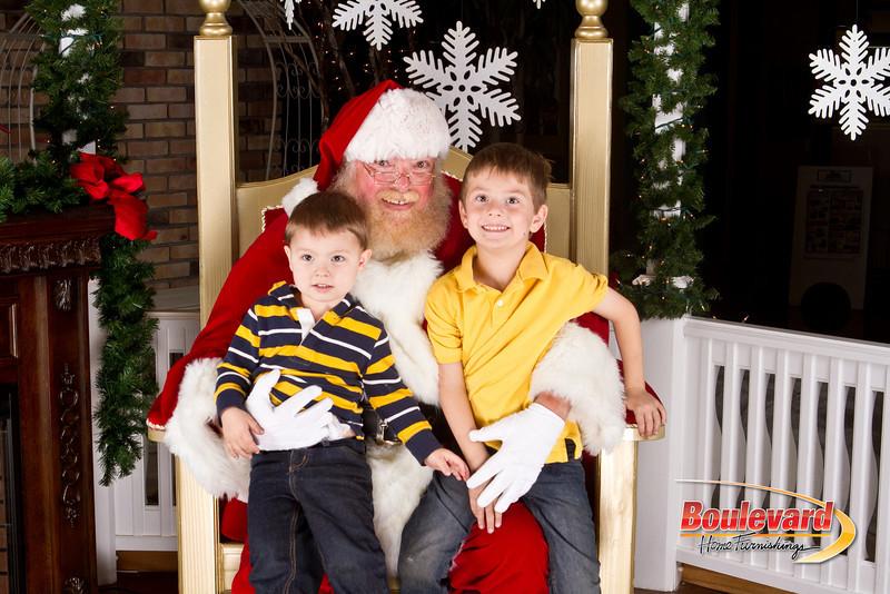 Santa Dec 8-255.jpg