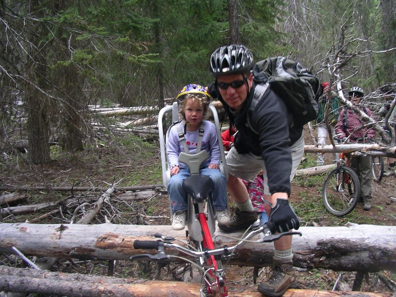 Scott's brother and neice Jessy come mountain biking with us in Oregon.
