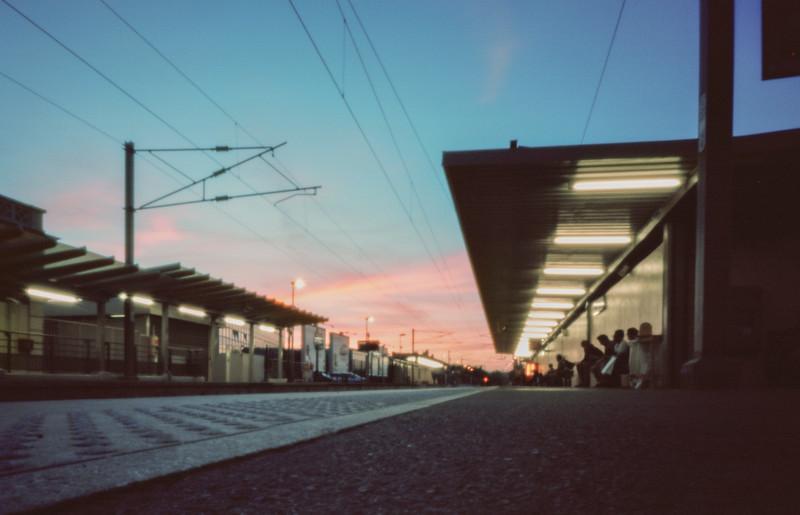 Un gare du RER C  -  Septembre 2014 Réalisée au sténopé.