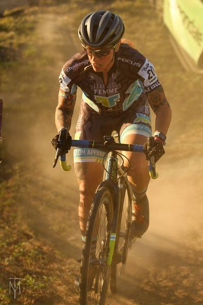 cyclocross_kmc_170929_0207-LR.jpg