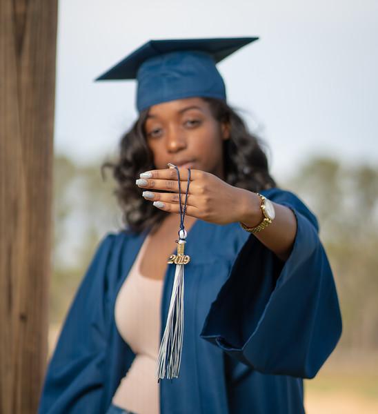 Rochelle-graduation2019-3.jpg