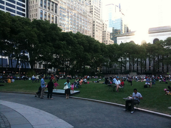 2010-06-07 Visit to Bryant Park after Work