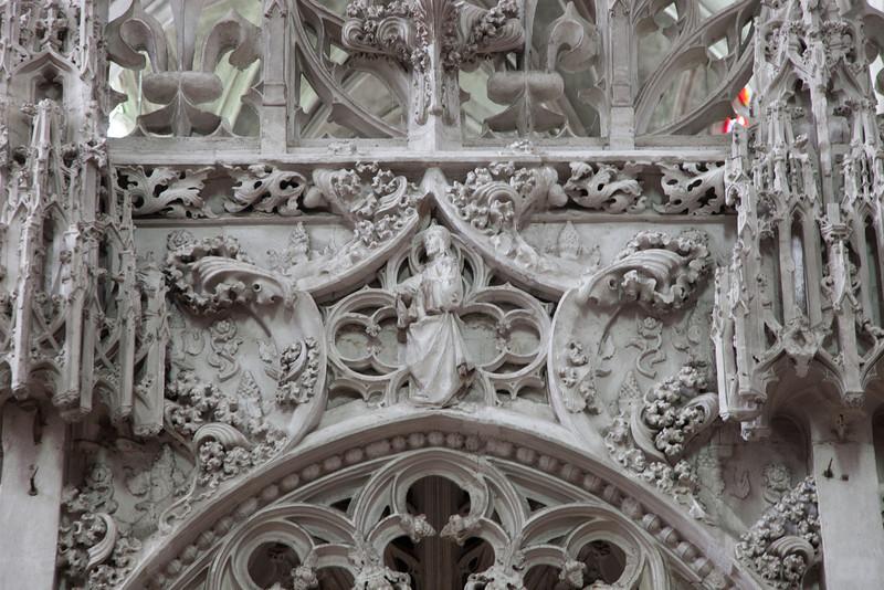 Troyes - Sainte-Madeleine Choir Screen - Christ (1 of 1).jpg