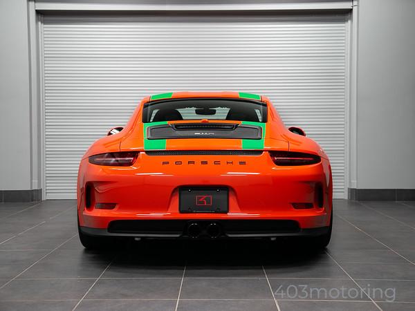 '16 911R - Lava Orange/ Green Stripe
